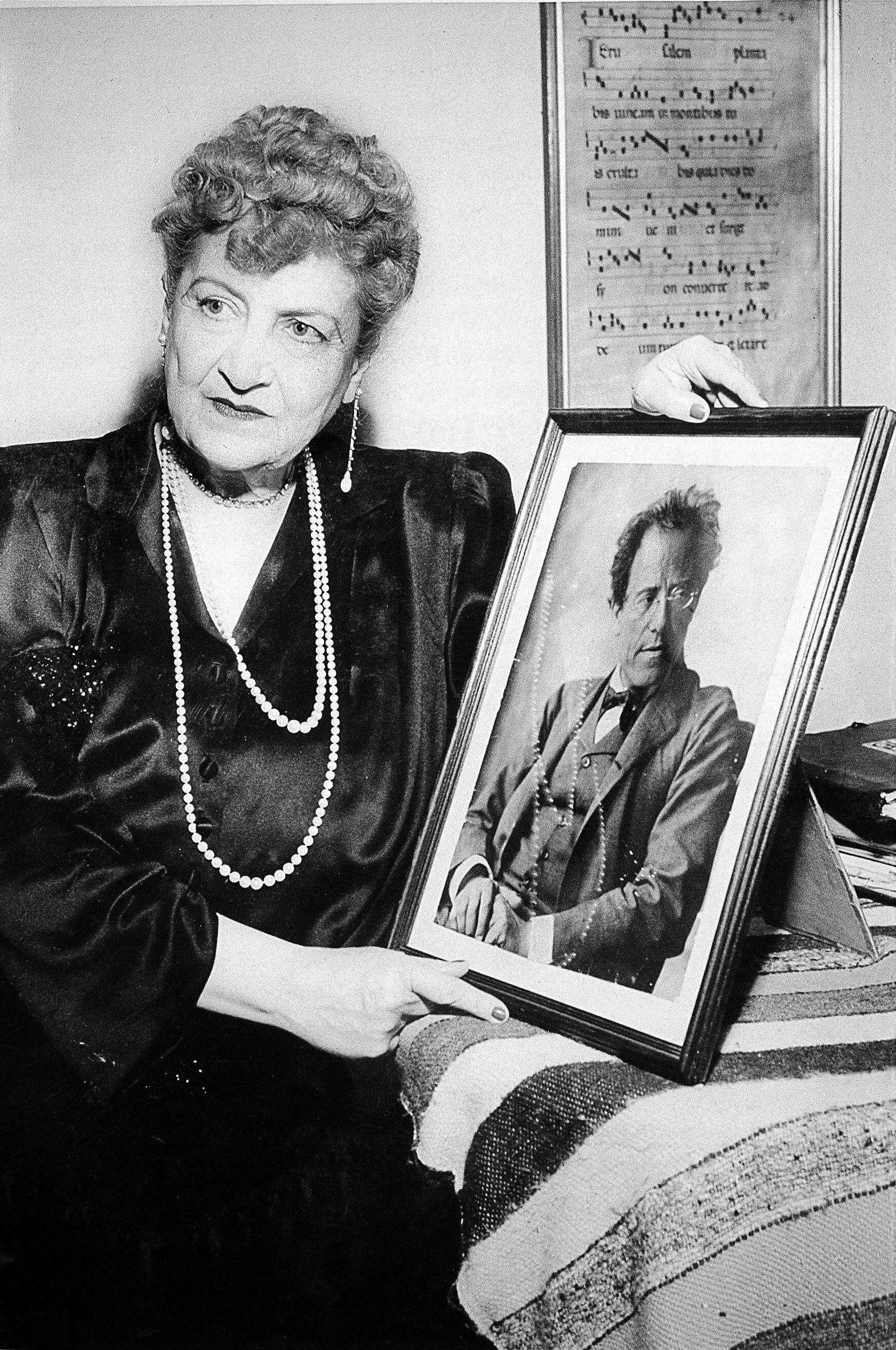 download hi-res Alma Mahler s notovým partem